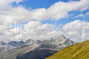 Paragliding in den Engadiner Alpen