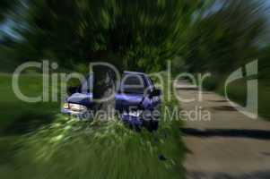 Auto Unfall Crash Fahrt gegen einen Baum