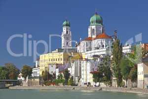 Passau, der Dom vom Inn aus gesehen