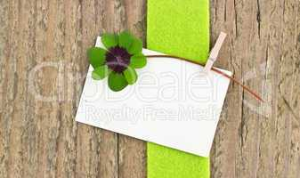 Leafed clover