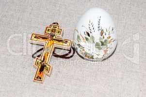 Easter egg and cross.