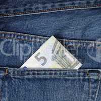 5 Euro Schein Geld in der Hosentasche