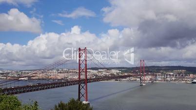 Brücke des 25. April in Lissabon