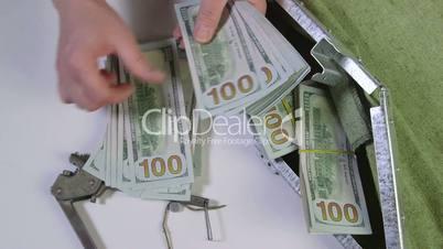retailer counts 10000 dollars pack