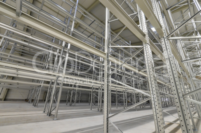 High bay stock with metal shelves