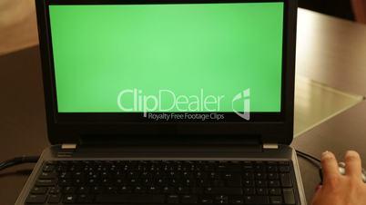 Green screen laptop monitor