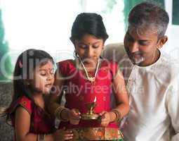 celebrate diwali or deepavali at home