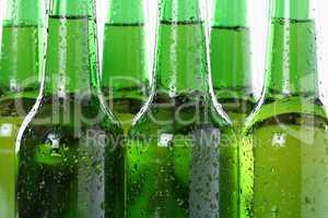 Kaltes Bier in Flaschen
