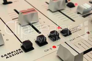 DJ Mixer - Digitaler Sampler