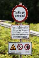 Methanollager - Verbotszeichen - Warnzeichen