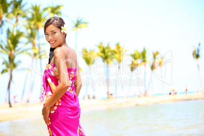 Beach travel - woman smiling happy on Hawaii