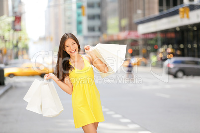 Urban shopping woman in New York City street