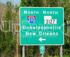 Interstate signs to New Orleans