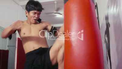 6of20 Man, athlete, kickboxing, kick boxing, kick-boxing, combat sport, gym