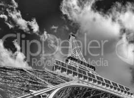 Paris. La Tour Eiffel, bottom-up street view