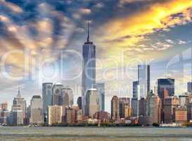 Amazing view of Lower Manhattan skyline from Hudson river - New