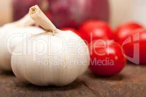 onion garlic and tomatoes