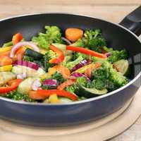 Gesunde Ernährung Gemüse Pfanne Gericht