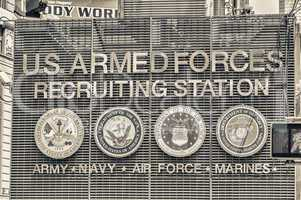 NEW YORK CITY - JUNE 9: U.S. Armed Forces Recruiting Station rec