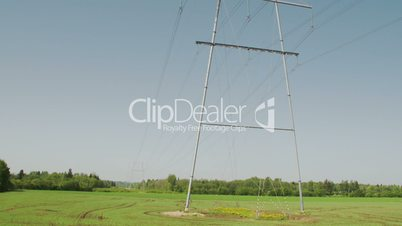 An electric posts with wires FS700 4K Odyssey7Q