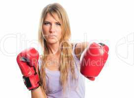 Blonde Frau mit Boxhandschuhen