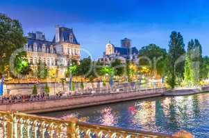 Summer night along Seine River - Paris