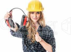 Handwerker mit Ohrenschutz