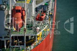 rettungsboot auf schiff