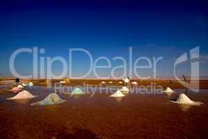 salt lake in tunisia