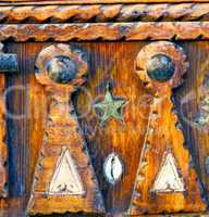 grey metal rusty      morocco in africa the old wood  shell padl