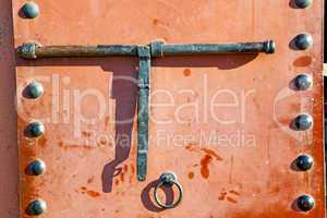 metal rusty  brown    morocco in  red  facade home and