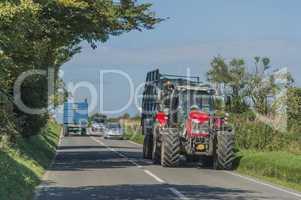 Roter Traktor