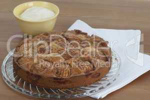 Apple cake with crème
