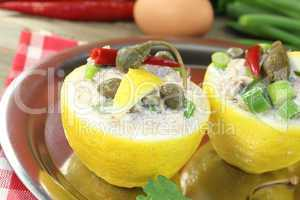 gefüllte Zitronen mit Kapern