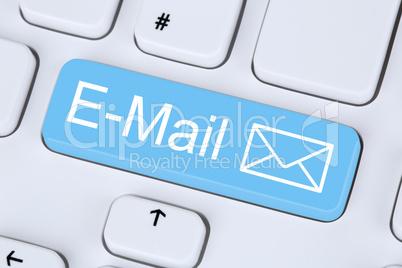 E-Mail Nachricht senden im Internet vom Computer