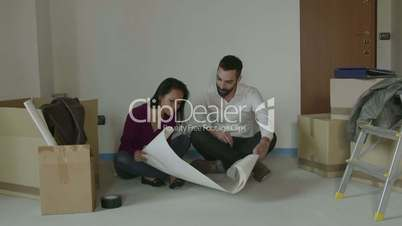 Man Woman Girl Friends Boyfriend Girlfriend Moving To New Apartment
