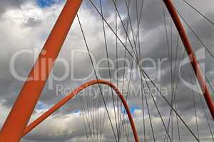 Brückenbögen, Stahlseile