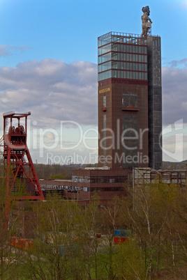 Zechengelände, Förderturm, Ruhrgebiet