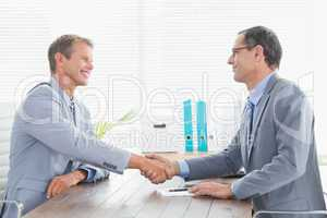 Concluding a contract between two businessmen