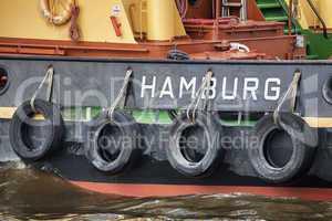 Detail eines Hafenschleppers in Hamburg, Deutschland