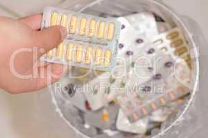 Tabletten entsorgen_02_farbe