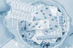 Tabletten entsorgen_01_blue