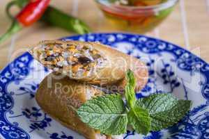 Crisp Asian spring rolls