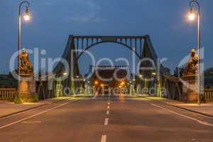 Glienicker Brücke frontal
