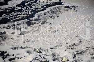 blasen in vulkankrater