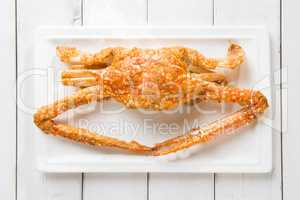 Cooked blue crab