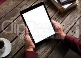 Man shows screen of digital tablet