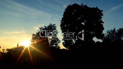 last rays of the setting sun