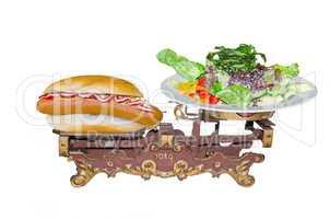 Alte Waage. Symbolisiert gesunde Ernährung.