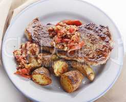 Loin Steak with Potatoes and  Sauce